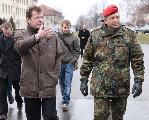 Uwe Barth, MdL beim Truppenbesuch in Erfurt