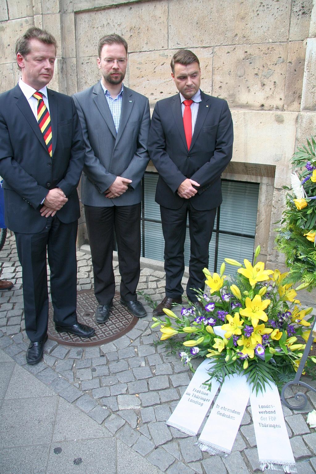 Landesvorstand legt Kranz in Jena nieder