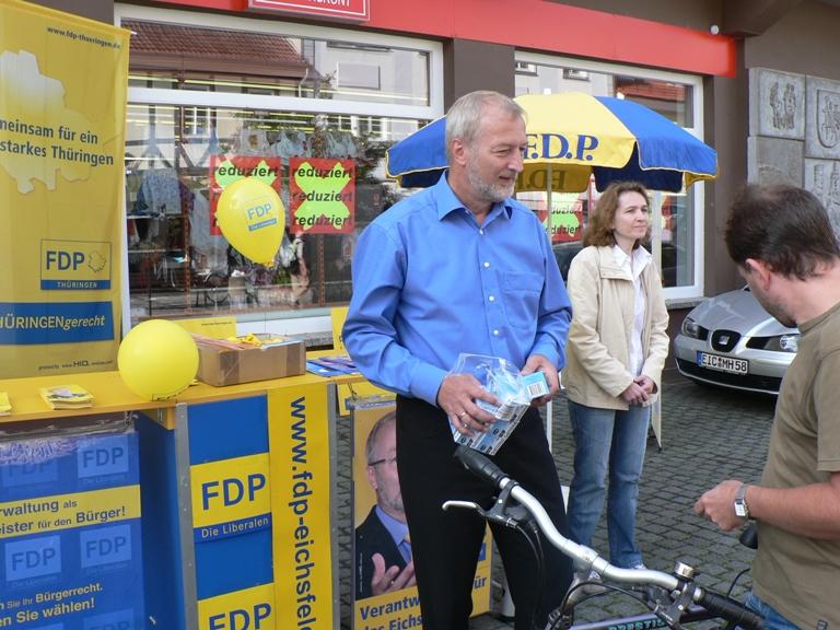 FDP-Eichsfeld mit Direktkandidat am 22.08.2009 in der Fußgängerzone von Heiligenstadt