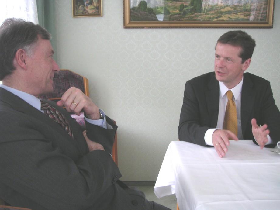 Uwe Barth und Prof. Horst Köhler im Gespräch