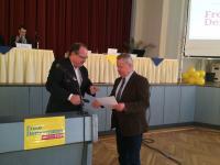 Dirk Bergner ehrt Martin Steinbrück