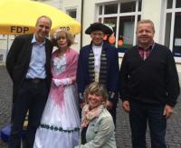 FDP-Wahlkämpfer mit Gästen aus Kassel