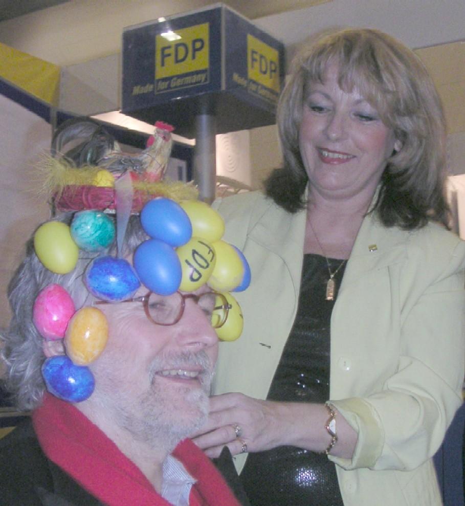 Drehorgel-Rolf erhält eine neue Frisur