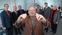 Peter Röhlinger mit Lions-Vorständlern