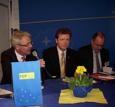 Dr. Girnau mit Uwe Barth, MdL und Dirk Bergner,MdL