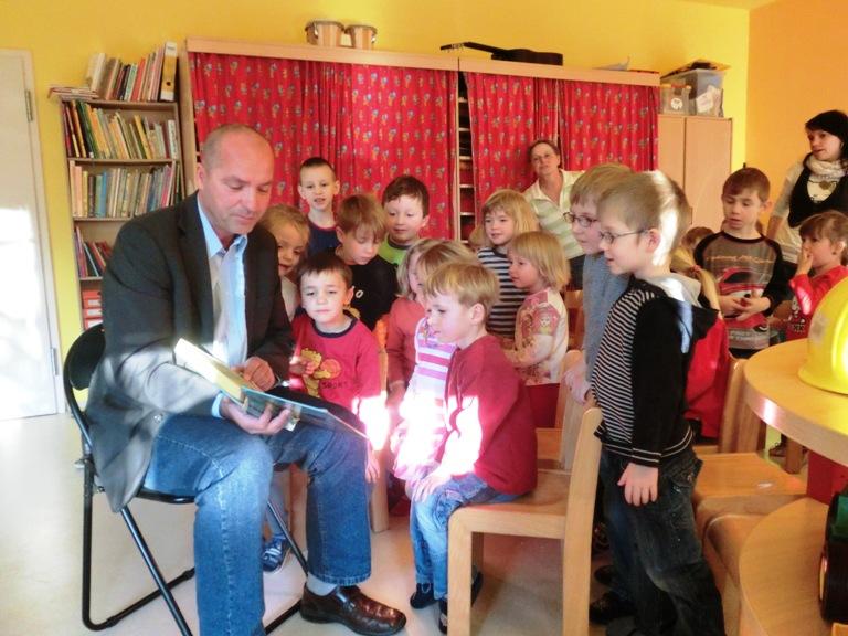 Vorlesen im Kindergarten Rauenstein