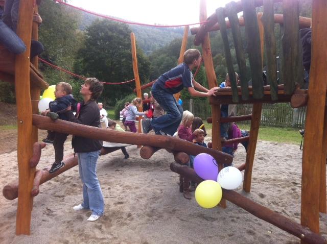 Eröffnung Spielplatz Schwarzburg