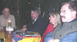 KV-Chef Henning (2.v.l.) im Kreise des Vorstandes