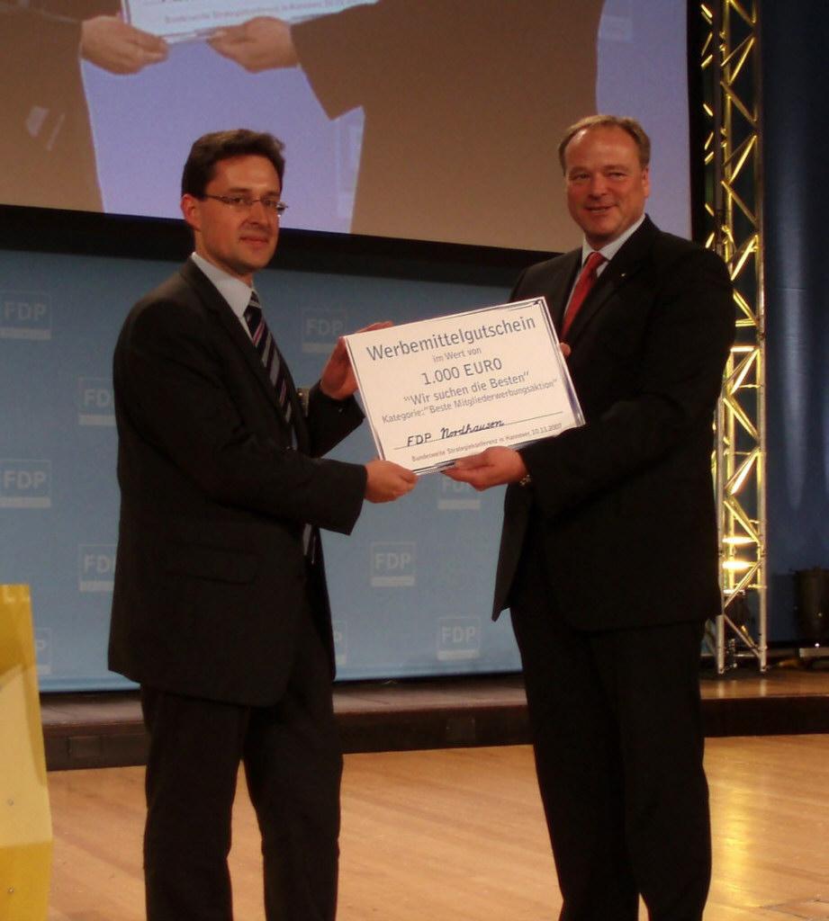 Glückwünsche des Generalsekretärs der FDP