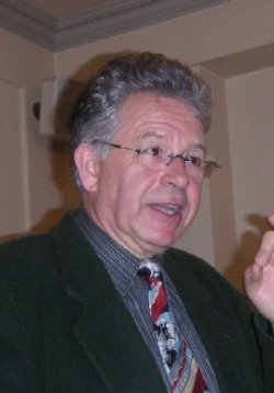 Jenas FDP-Oberbürgermeister Dr. Peter Röhlinger