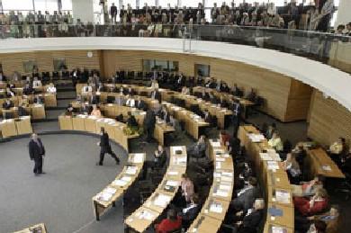 Der Thüringer Landtag mit 88 Abgeordneten
