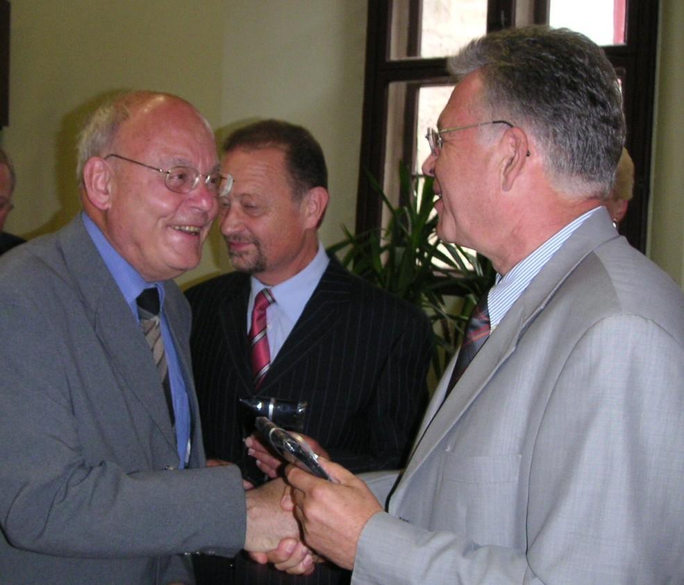 OB Röhlinger dankt Alt-Stadtrat Hans Lehmann