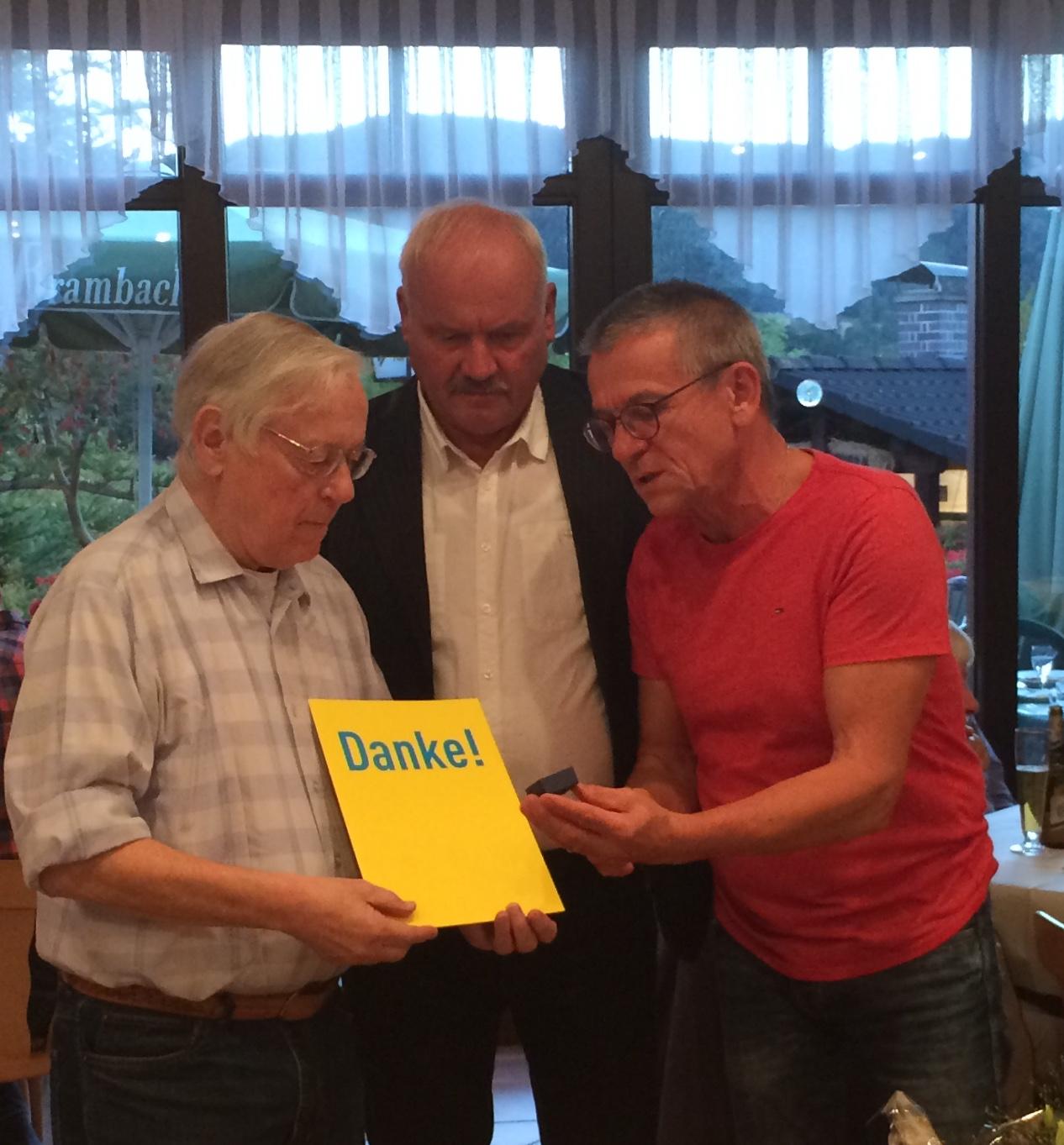50 Jahre FDP-Mitglied! Ehrung für Hans J. Weller