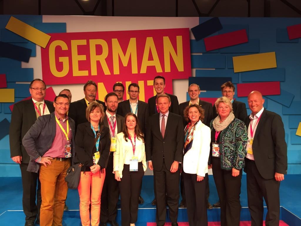 Die Thüringer Delegierten mit Lindner und Beer