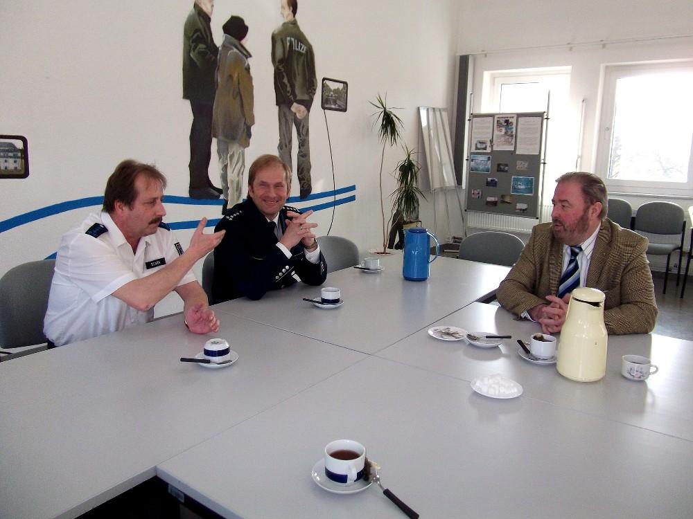 Wolfgang Stark, Michael Rothe und Heinz Untermann im Gespräch