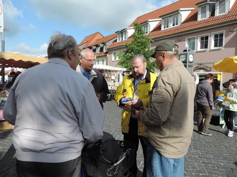 Wahlkampfstand Sömmerda Markt