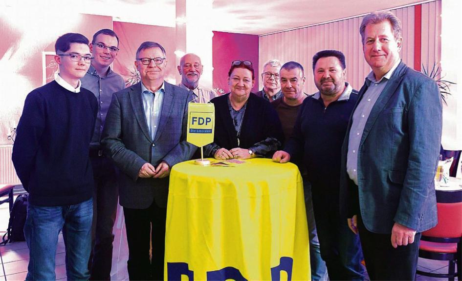 Die zur Wahl anwesenden FDP-Kandidaten