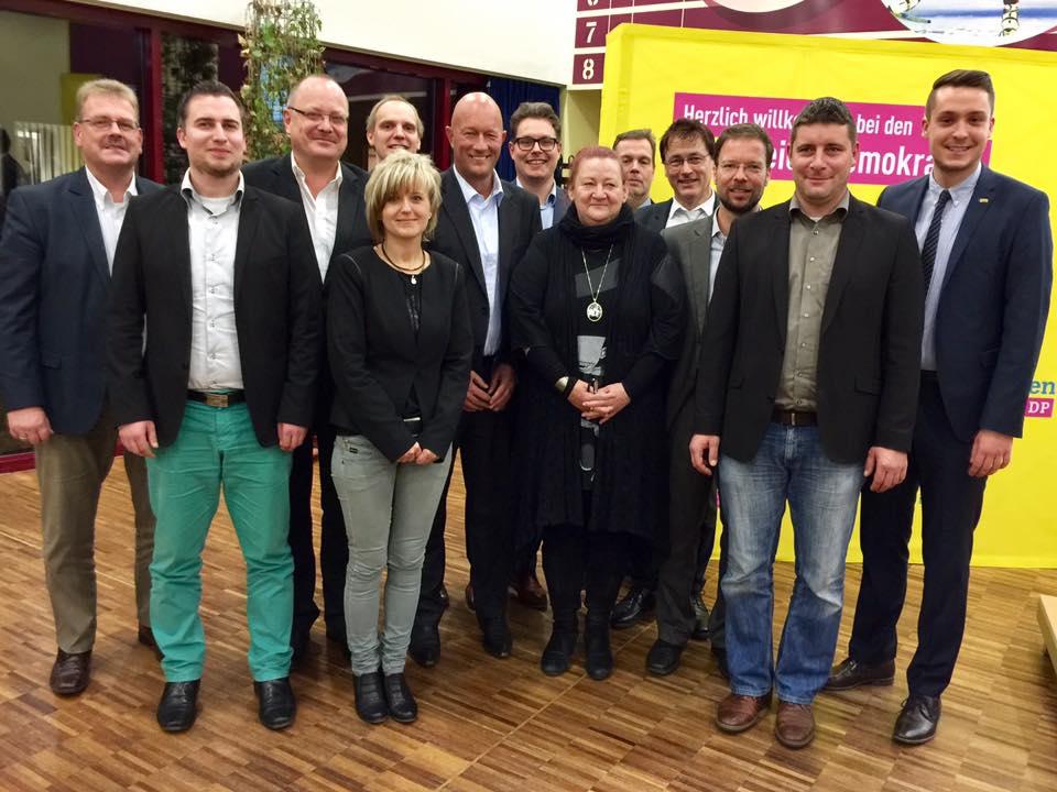 Der neue Landesvorstand mit Suhlerin G. Vestner