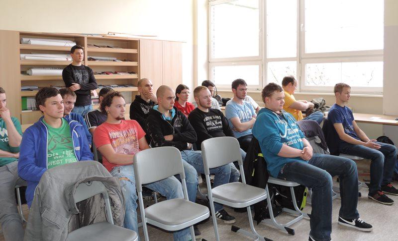 Podiumsdiskussion mit Schülern den SBBS Sömmerda